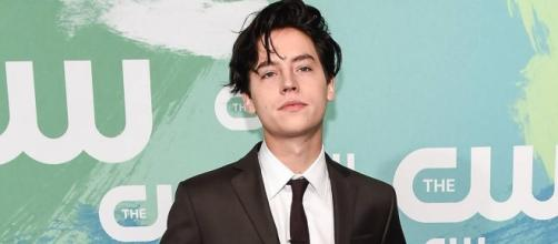 ICYMI, Cole Sprouse Had His First Shirtless Scene On Riverdale | MTV - com.au