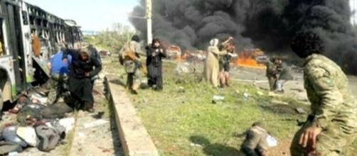 Imágenes tras la fuerte explosión. REUTERS.