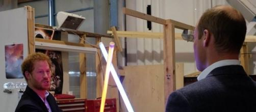 Official Photos From STAR WARS: EPISODE VIII Set Reveal A-Wing ... - geektyrant.com