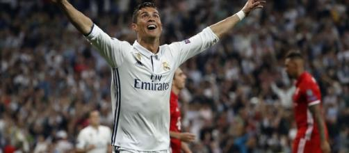Ronaldo con 3 goles encaminó la eliminatoria. MARCA.com.