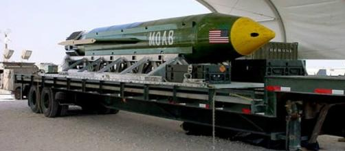 US military drops most powerful non-nuclear bomb on IS group in ... - france24.com