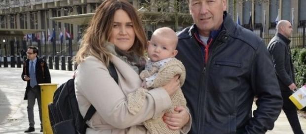 Avô diz que bebê só bombava mesmo nas fraldas (Foto: Reprodução/Twitter)