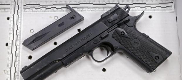 Cleveland lawmaker seeks ban on all imitation guns in Ohio ... - cleveland.com