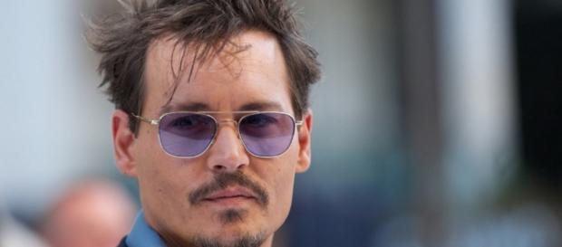 Johnny Depp Injures Hand While in Australia Filming Pirates of the ... - omojuwa.com
