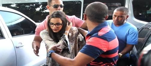 Delegada Marcia Noeli colhe o depoimento de Emily Araújo, do BBB 17