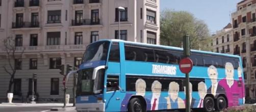 El autocar de Podemos que despierta polémica