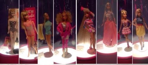 La evolución de Barbie Vía Twitter @aleCominges