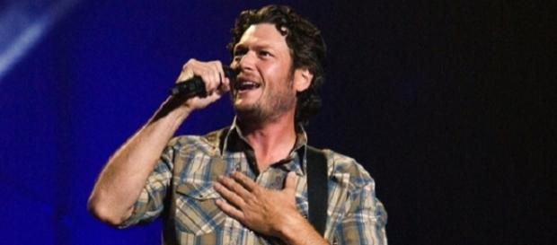 Blake Shelton's team will perform during 'The Voice' 2017 live playoffs on April 17. Thailand2016/Wikimedia