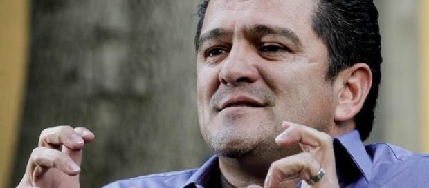Carlos Hermosillo - Futbol Sapiens