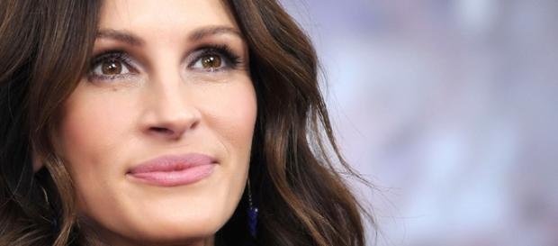 Julia Roberts Admits She Struggled Filming 'Secret In Their Eyes' - inquisitr.com