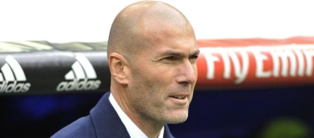 Mercato : James, Isco, Asensio... Zidane dévoile sa stratégie Foot ... - footlegende.fr