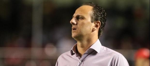 Rogério bravo com Rodrigo Caio