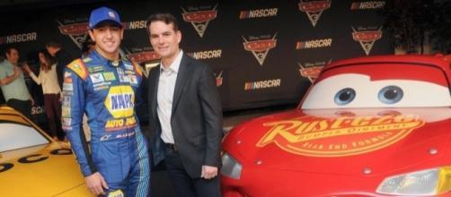 Cars 3 NASCAR Cast Announced, New Photos Released - movieweb.com
