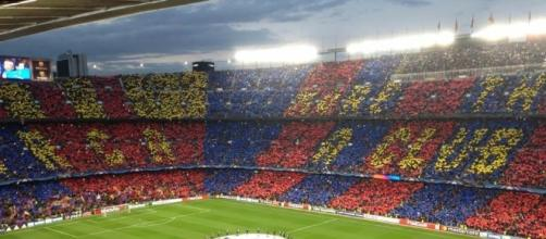 "La coreografia del Camp Nou, ""More than a club""."
