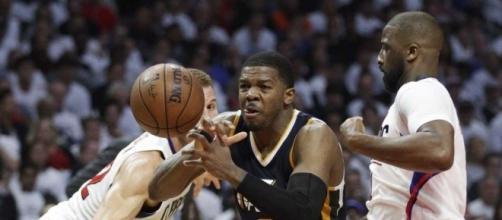 Lob City smash: Clippers beat Jazz 99-91, even series at 1-1 ... - timesunion.com