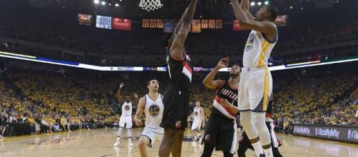 NBA playoffs 2017: Kevin Durant, Shaun Livingston questionable for ... - sportingnews.com