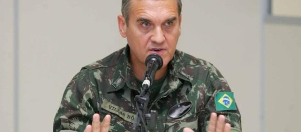 Comandante do Exército, general Eduardo Villas Bôas, discursou sobre a crise moral enfrenta pelo país
