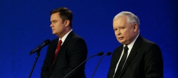 Czy smutek Kaczyńskiego wyraża jego lęki przed wyrzuceniem go z PiS?