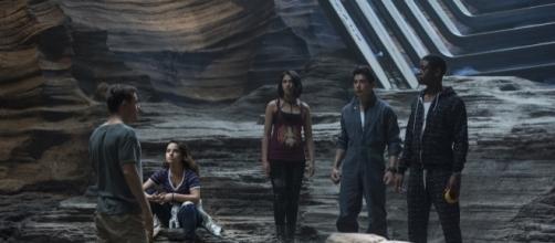 Os novos Power Rangers, antes de se tornarem heróis