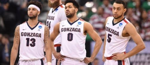 The Gonzaga Bulldogs try to win their first-ever NCAA basketball title on Monday night. [Image via Blasting News image library/inquisitr.com]