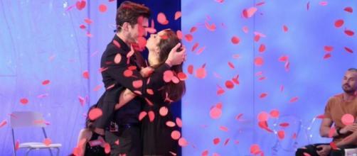 Uomini e Donne: una coppia molto amata ha annunciato la rottura - melty.it