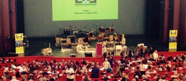 Biennale Democrazia 2017: Presidente Gustavo Zagrebelsky e Direttore Organizzativo Angela La Rotella.