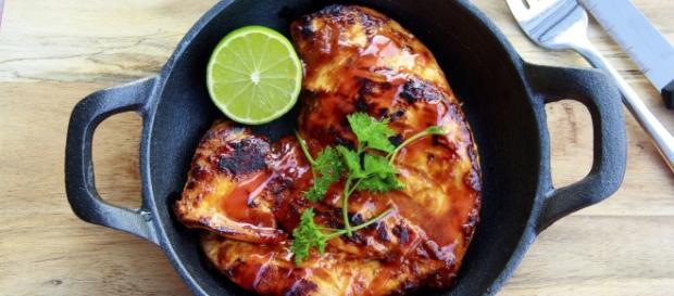 Receita de frango frito com creme de cebola: delicioso