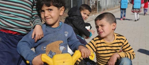 Bambini profughi costretti a prostituirsi in Grecia come unica strategia di sopravvivenza. Foto: Unicef.
