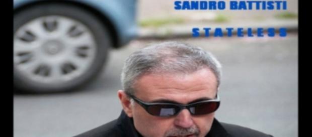 """Cover dell'eBook di Sandro Battisti """"Stateless"""" da amazon.it"""