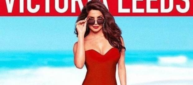 Pic: Priyanka Chopra teases fans with her red hot avatar in ... - indiatimes.com