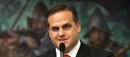 Florida state senator publicly apologizes for racial slurs - ABC News - go.com