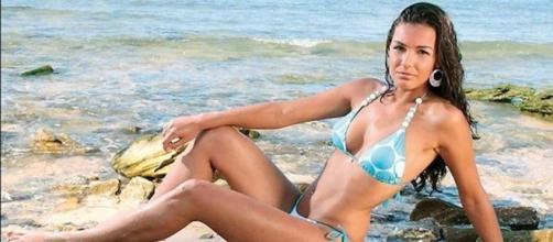 Kaiane Aldorino, una Miss Mundo en la política