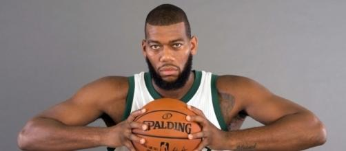 Milwaukee Bucks 2015-16 Player Profile: Greg Monroe - behindthebuckpass.com