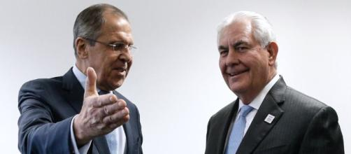 Tillerson Tells Lavrov U.S. Expects Russia To Meet Ukraine Commitments - rferl.org