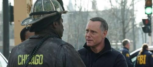 Voight and Boden return to 'One Chicago' shows this week [Image via Blasting News Library]