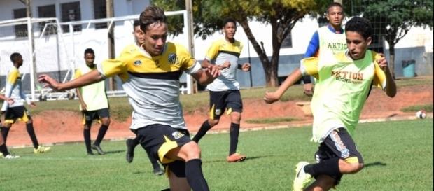 Garotada do Grêmio Novorizontino estava em manhã inspirada