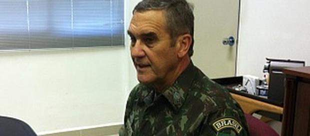 General Eduardo Villas Bôas foi sondado por políticos esquerdistas dias antes do impeachment da ex-presidente Dilma Rousseff