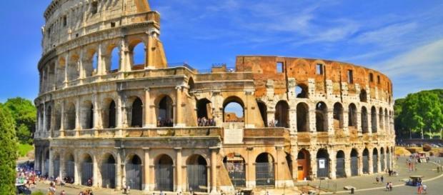 Colosseo: Raggi contro Franceschini