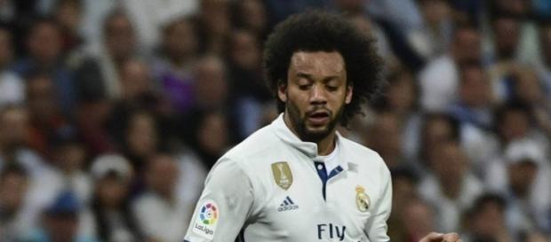 Marcelo, durante un momento del partido de ayer en el Santiago Bernabéu