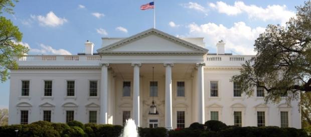 Michelle Obama enseña la Casa Blanca a Melania Trump   El Dictamen - eldictamen.mx