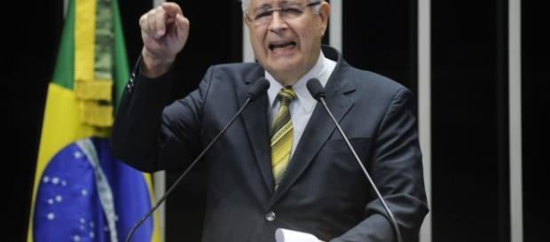 Roberto Requião, Senador responsável pelo Projeto no Senado Federal
