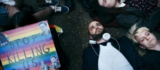 Contre «l'homophobie d'Etat» en Tchétchénie : «Tout silence est ... - liberation.fr
