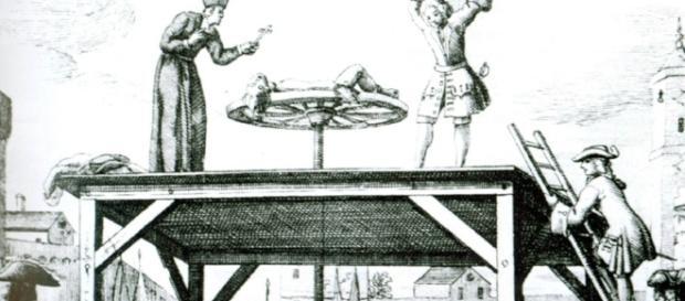 Tortury: 5 stopni bólu i męczarnie aż do śmierci (fot. interia.pl)
