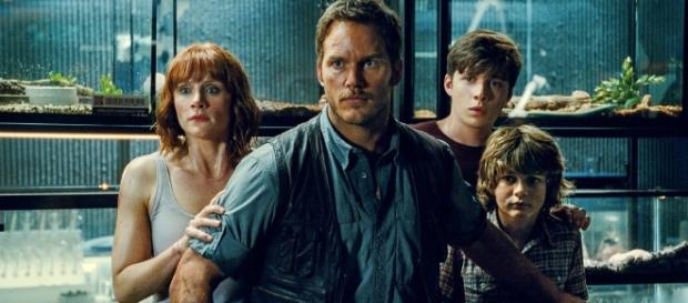 Chris Pratt Says 'Jurassic World 2' Will Be Darker & Scarier - heroichollywood.com