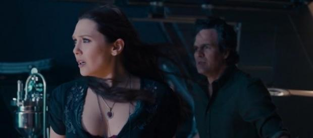 Elizabeth Olsen's Scarlet Witch is returning to team up with the Avengers to face Thanos.