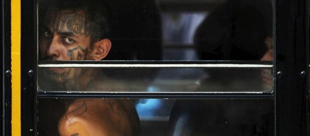Membro da MS-13 preso nos Estados Unidos. Foto: Jose Cabezas/Reutes