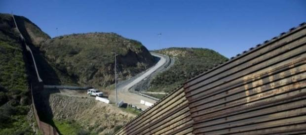 SF supervisors look to cut ties with firms building Trump's wall ... - sfchronicle.com