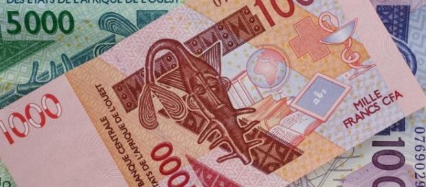 Le franc CFA est-il bon pour les pays africains ? - RFI - rfi.fr