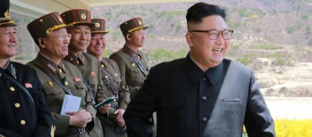 Ditador norte-coreano afirmou que reforçará suas 'medidas nucleares de autodefesa' perante o envio do USS Carl Vinson para perto de seu território