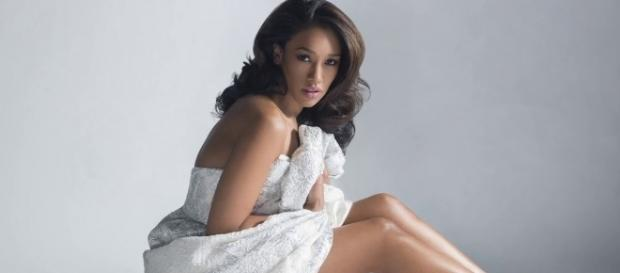 The Flash's Candice Patton completes her work - pinterest.com/gate2avalon2/candice-patton/